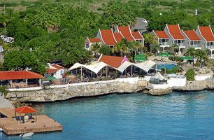 Scuba-Explorers-Leslie-ONeill-Bonaire-Captain-Don's-Habitat