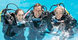 young scuba divers